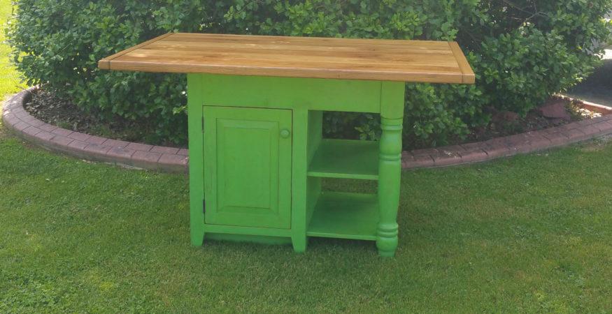 Reclaimed Barnwood Farm table & Farmhouse Furniture | Old ...